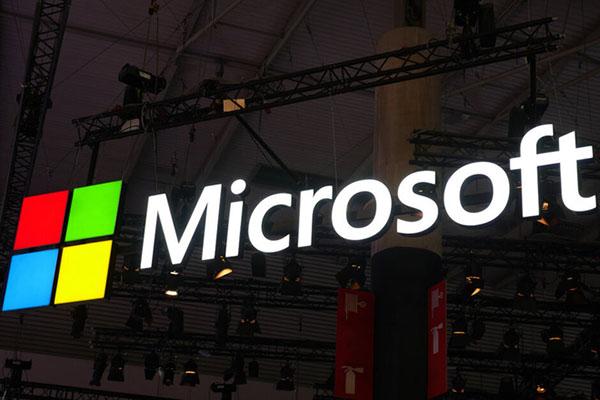 Microsoft dừng tất cả các quảng cáo trên Facebook và Instagram