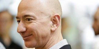 """Jeff Bezos: """"Lời khuyên này dành cho những ai muốn bắt đầu một sự nghiệp kinh doanh riêng"""""""