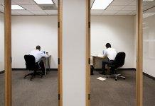 Nhân viên đang đơn độc hơn bao giờ hết - Đây là cách các doanh nghiệp có thể giúp họ
