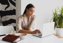 Phụ nữ Gen Y muốn làm việc từ xa nhưng lại sợ mất cơ hội nếu không ngồi ở văn phòng
