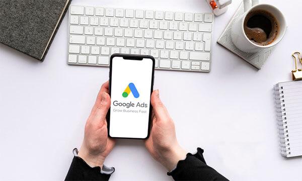 Google có kế hoạch chấm dứt quảng cáo văn bản mở rộng
